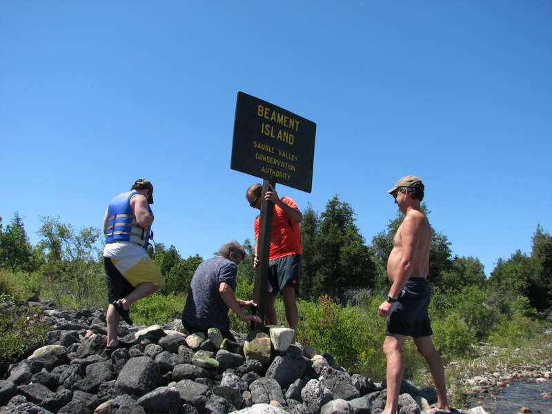 Returning updated sign to Beament Island August 2013