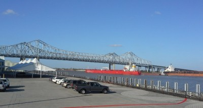Bridge to downtown New Orleans