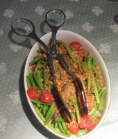 Green Beans with Cherry Tomatoes and Walnuts